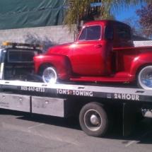 vintage_truck_towed
